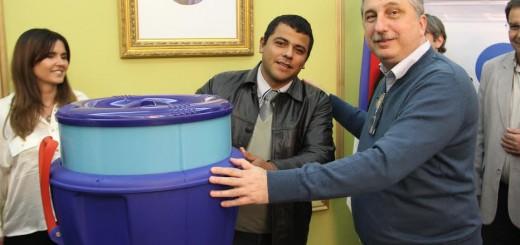 Junto a la Asociación Conciencia y Massalin Particulares, Passalacqua entregó potabilizadores a escuelas rurales