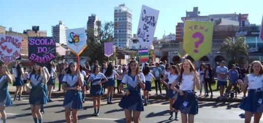 Estudiantina 2016: con la primera prueba piloto, los adolescentes copan la Costanera de Posadas