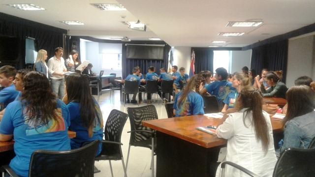 Alcohol, adicciones y bullying, los temas más debatidos en el Parlamento Estudiantil que comenzó hoy en Posadas