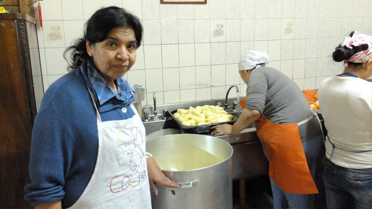 """Margarita Barrientos: """"Se incrementó un 100 por ciento la gente en los comedores"""""""