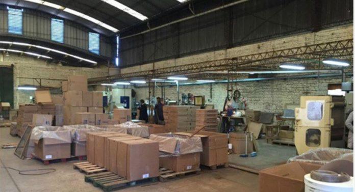 AFIP allanó dos fábricas clandestinas de cigarrillos