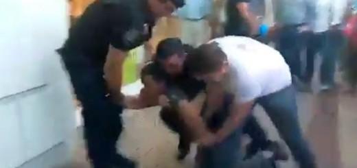 Siguen las actuaciones administrativas en el caso de los policías que golpearon a un joven en pleno centro de Posadas