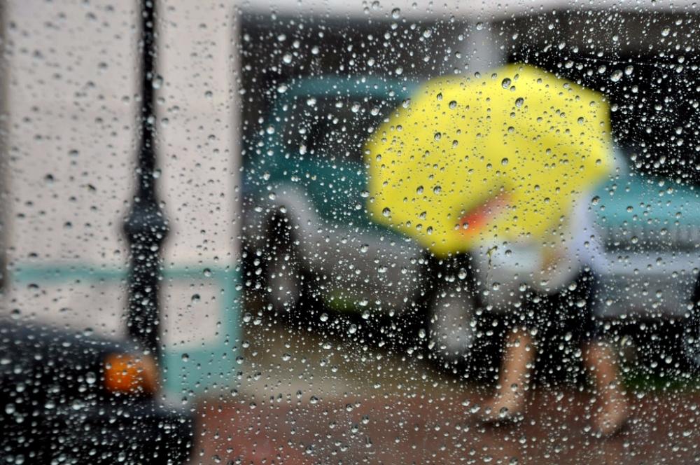Jornada húmeda con lloviznas y clima templado en toda la provincia