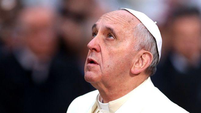 El Papa anunció que no vendrá en 2017 y llamó a los argentinos a «ponerse la Patria al hombro»