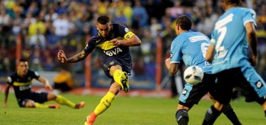 Boca, que sufrió la expulsión de Tevez, goleó a Belgrano 3 a 0 en la Bombonera