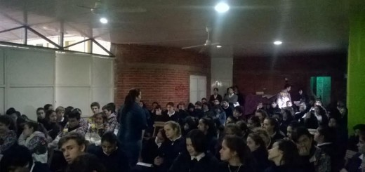 Especialistas disertaron para los jóvenes de un colegio de Gobernador Roca