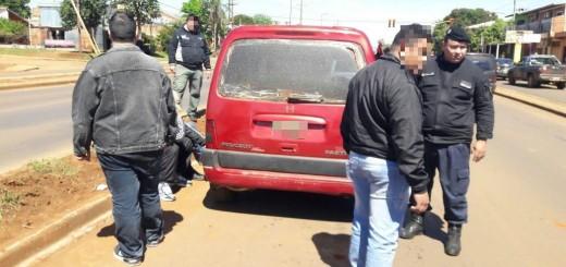 Interceptaron en Posadas un utilitario que había sido robado en Oberá y detuvieron a sus ocupantes