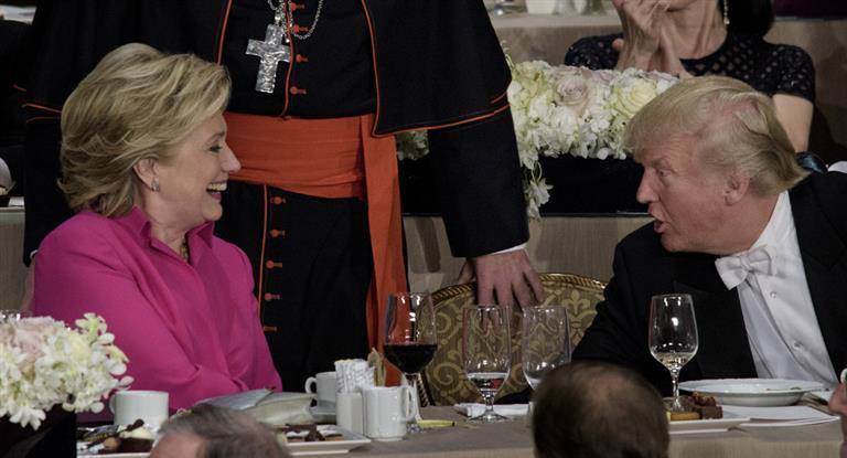 Trump aprovecha la reactivación del «email-gate» y nueva encuesta da virtual empate con Hillary