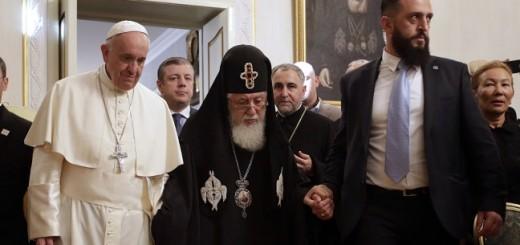 "El Papa Francisco pidió que la Iglesia no se acostumbre a ""un microclima eclesial cerrado"""
