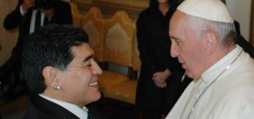 El Papa Francisco y Diego Maradona, juntos en el Vaticano: un mensaje sobre el deporte que emocionó al Diez