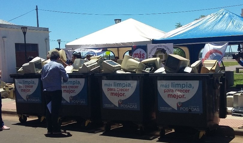 Hasta las 15 continúa la exitosa Campaña de Recolección de Residuos Electrónicos en Posadas y Oberá
