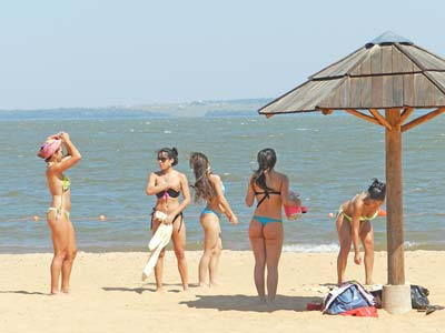 El 1 de diciembre habilitan los balnearios de Miguel Lanus y El Brete