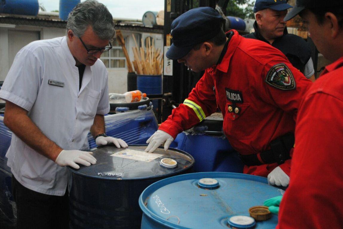 Realizan cuatro allanamientos en Posadas en busca de precursores utilizados para producir drogas
