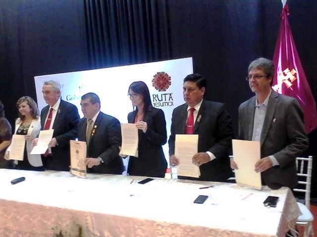 """Presentación de Argentina en Encarnación durante el primer encuentro de la """"Ruta Jesuítica"""""""