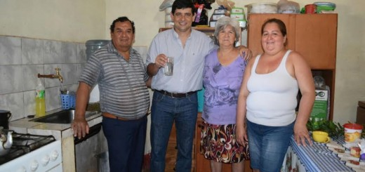 Unas 400 familias del barrio San Onofre de Posadas ya cuentan con agua potable