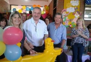 Passalacqua entregó elementos didácticos y juegos recreativos a NENIS de toda la provincia