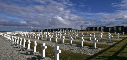 Se conocerán mañana los detalles para identificar a los soldados argentinos enterrados como NN en Malvinas
