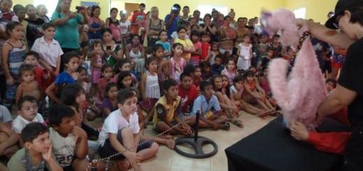 Con números infantiles y regalos para todos, Desarrollo Social de la Nación festejó Navidad en el Barrio el Piedral