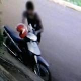 Policías lesionados al atrapar a presuntos ladrones de motos en San Vicente