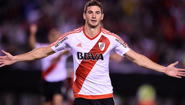 El PSG apunta a Lucas Alario en su lista de probables refuerzos