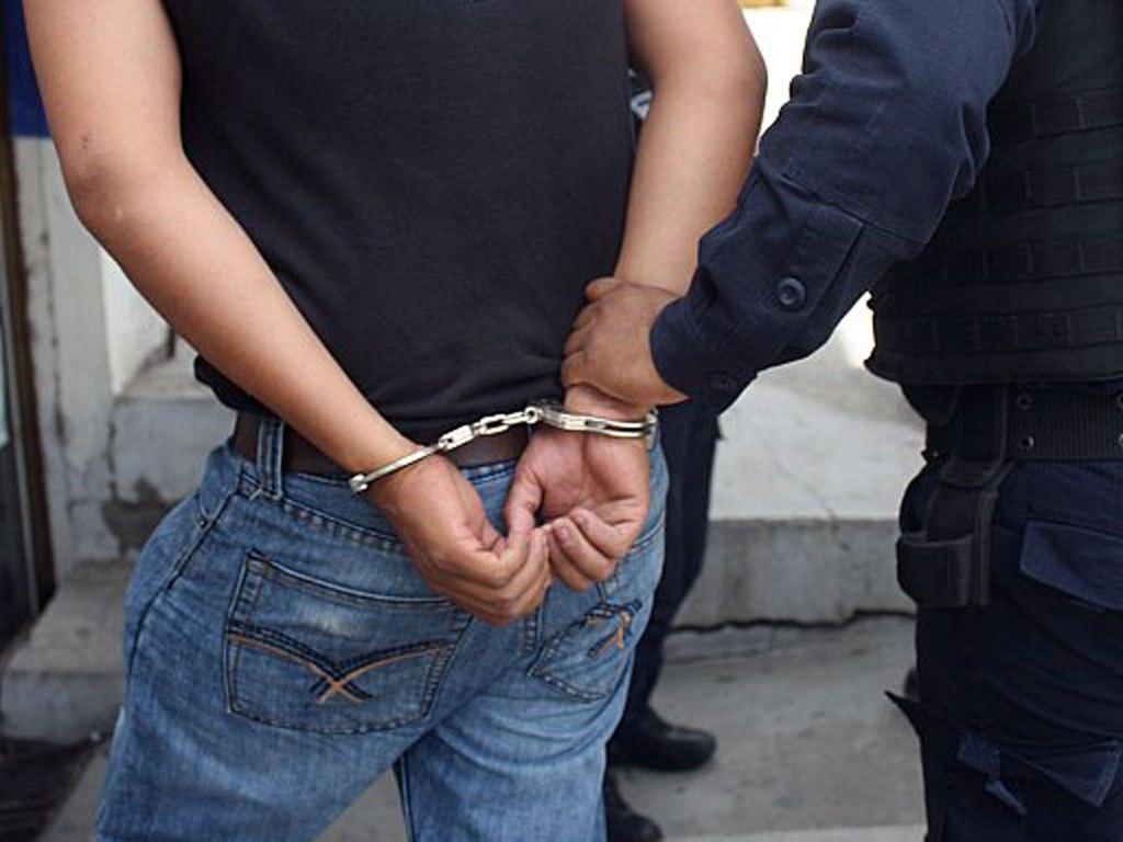 Tras un choque detuvieron a conductor que estaba alcoholizado y armado en Posadas
