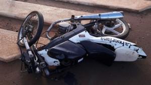 Motociclista armado fue detenido luego de chocar con un colectivo en Garupá