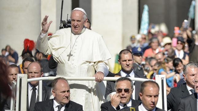 El cumpleaños del Papa Francisco: «Felicitar antes de tiempo trae mala suerte»