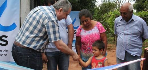 Passalacqua inauguró perforación de agua potable en Santa Ana