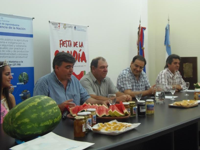 """""""La sandía: una cuenca consolidada que marca un norte"""", expresó Garay en la presentación de la Fiesta Provincial de la Sandía"""
