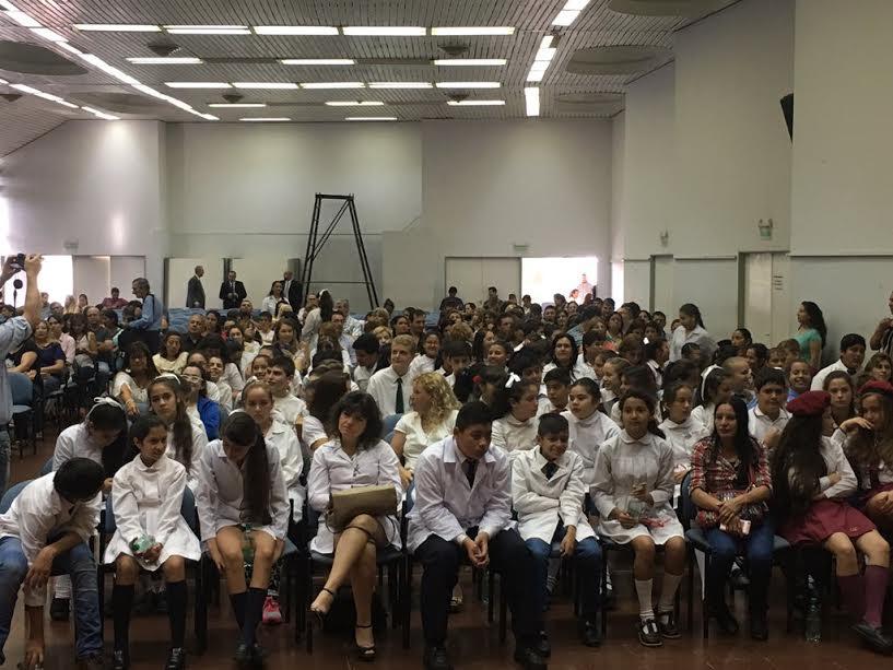 Ediles de la UCR participaron de la entrega de diplomas a abanderados y escoltas
