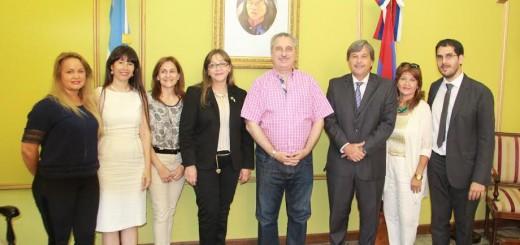 Regularización de tierras: Passalacqua firmó convenio con Colegio Notarial de la Provincia