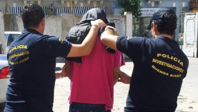 Una mujer se dejó violar para que no degollaran a sus 2 hijos
