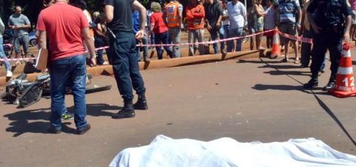 Ciudad del Este: Un argentino mató de un mazazo a su esposa y luego se suicidó estrellándose contra un camión