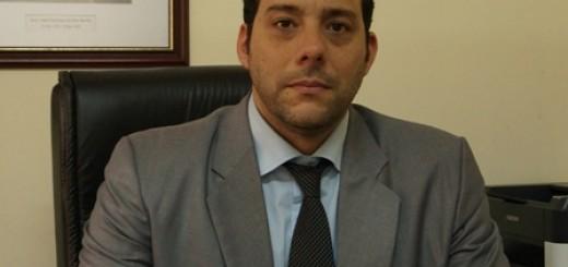 El violento que intentó matar a su mujer, estaba prófugo y fue capturado ayer en Corrientes, ya es trasladado a la provincia