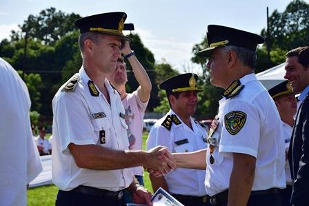 Más de 400 oficiales de Policía ascendieron en la Provincia
