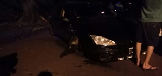 Con 2,98 de alcohol en sangre, chocó a otro coche, impactó contra un árbol y casi volcó en Eldorado