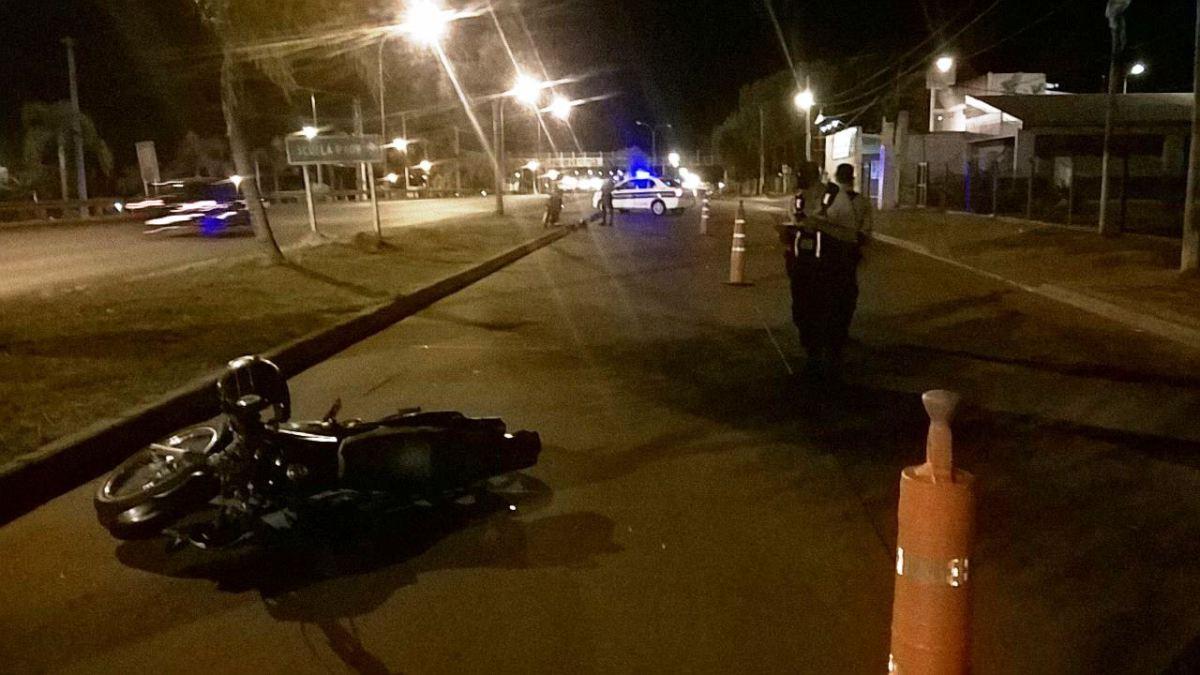 Choque de motos en Posadas dejó a los conductores fracturados