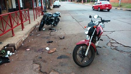 Iguazú: Dos motociclistas heridos tras colisionaron frontalmente