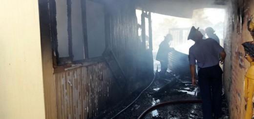 Una falla eléctrica desató el incendio que afectó la casa en Villa Sarita