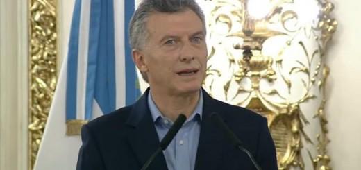 Macri se reúne con funcionarios y por la tarde encabeza la ceremonia de ascenso de integrantes de las Fuerzas de Seguridad