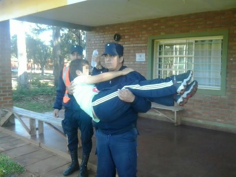 Pozo Azul: policías realizaron RCP a un niño descompensado en la ruta