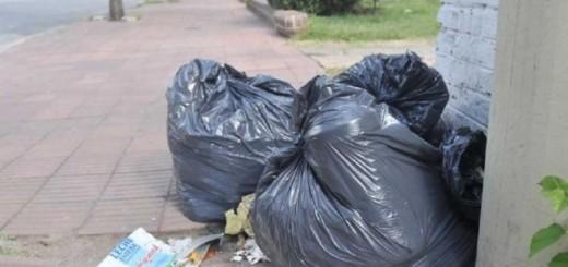 Córdoba: hallan 2 millones de pesos triturados en bolsas de basura
