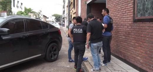 Buenos Aires: Por San Valentín fueron a un motel con una camioneta robada y la Policía los esperó en la vereda