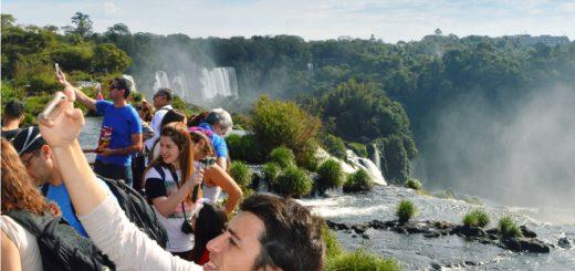 Cataratas cierra este mes con récord histórico de visitantes