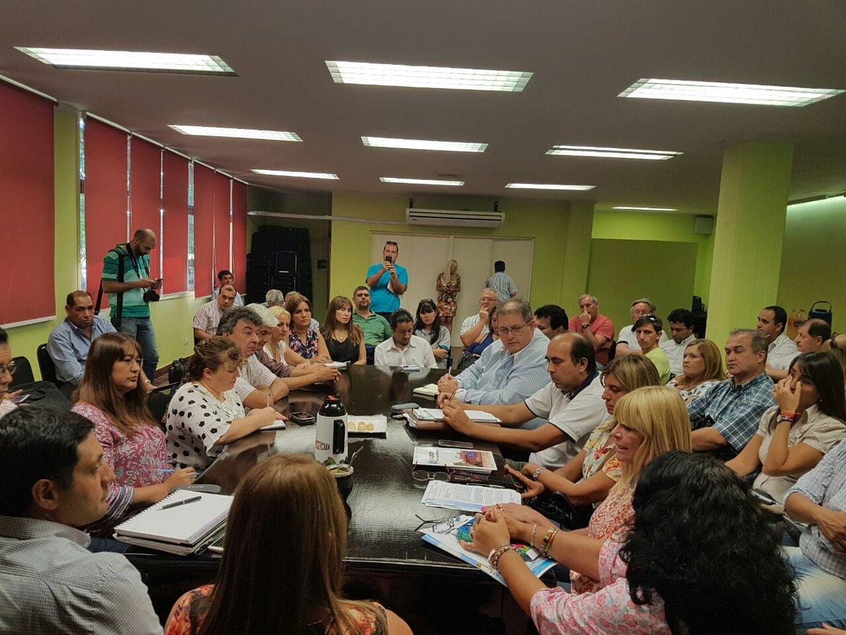 #ParitariaDocente: la mesa de diálogo y comunicación entró a un cuarto intermedio hasta el lunes 13