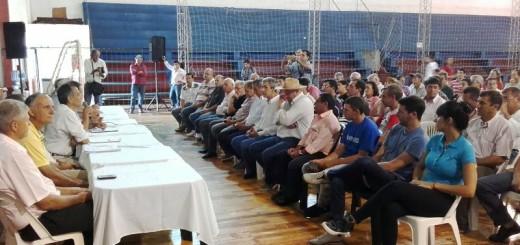 Yerbateros denuncian que se está pagando 2,60 pesos el kilo de hoja verde, exigen más controles y peligra el inicio de la zafra