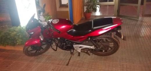 Atraparon a ladrón de moto en intenso operativo policial en Posadas