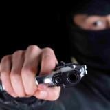 Asalto en Posadas: lo amenazan con un destornillador y lo golpean con un casco