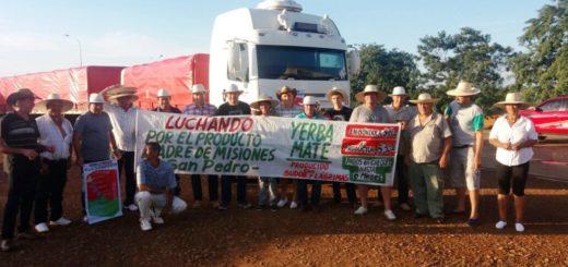 Yerbatazo: productores de Andresito viajan a Buenos Aires para regalar yerba y pedir una audiencia con Macri