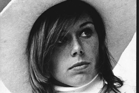 """Habló la madre de Marie-Anne Erize, la joven franco-argentina asesinada por el represor misionero Olivera: """"quiero saber dónde está el cuerpo de mi hija"""""""